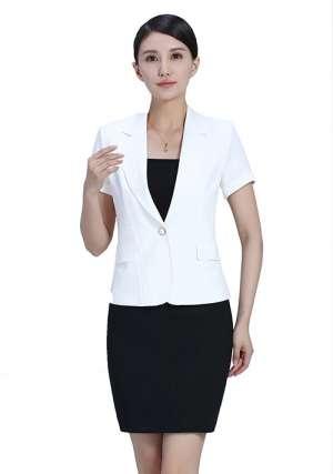 职场女性定做工作服搭配技巧